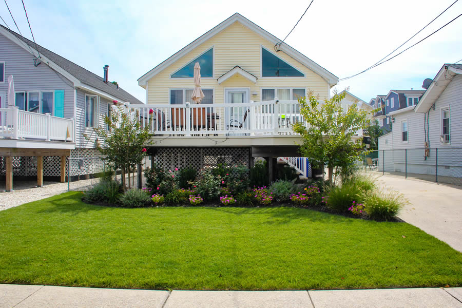 388 21st Street , Avalon, NJ